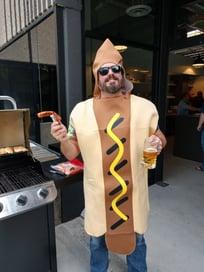 Matt-Dawson-Hotdog-Closeup